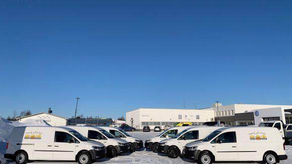 """Skoogs Bränsle AB har valt att investera i elbilar med mottot: """"Vi gör vad vi kan"""""""